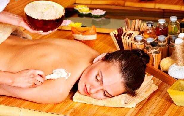 Peeling corporal y masaje de espuma