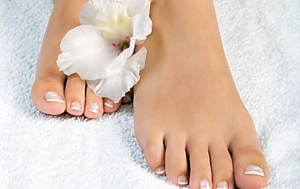 Ictioterapia con pedicura y manicura