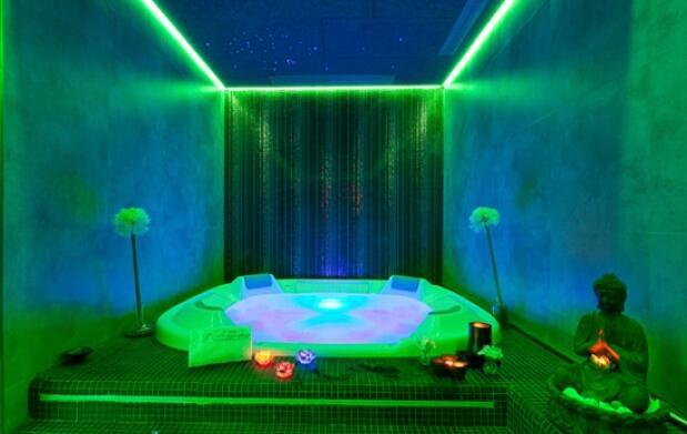 Noche con encanto para 2 + spa privado