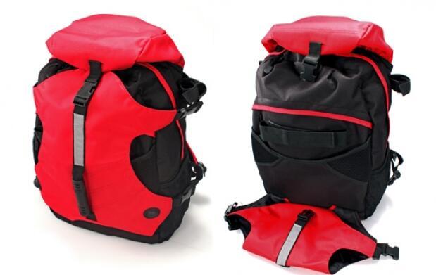 Set de trekking: mochila y bastón
