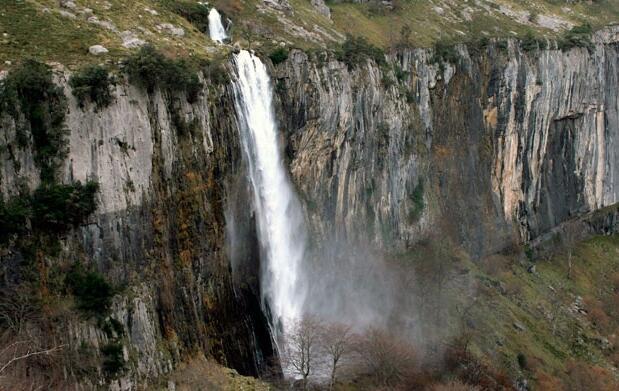 Menú típico para 2+cuevas en Cantabria