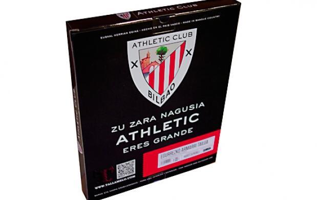 Escudo oficial del Athletic en madera