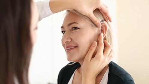Supera la pérdida auditiva con la mejor oferta en audífonos