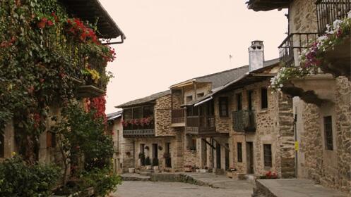 Hotel rural en Sanabria para dos una noche + comida