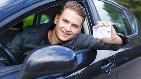 Sácate el carnet de coche en Beti On