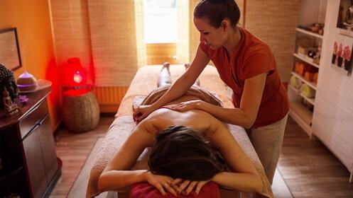 Elige masaje suave y relajante o masaje descontracturante