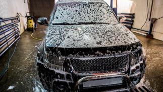 Lavado de coches en Las Arenas