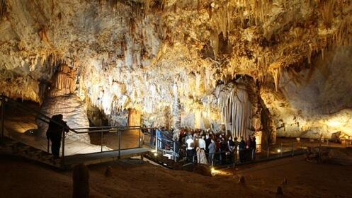 2 a 4 entradas a Cuevas de Pozalagua, Valle de Karrantza