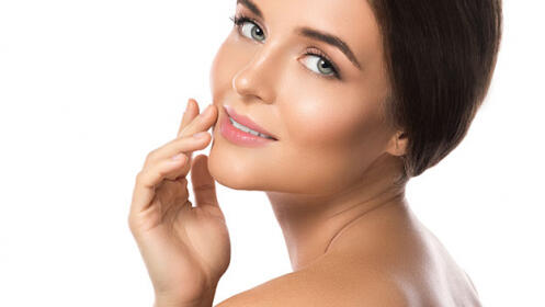 Renueva tu rostro y elige el mejor tratamiento