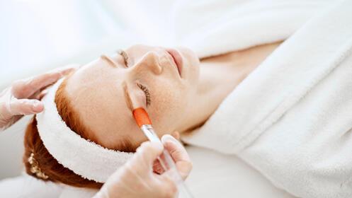 Radiofrecuencia, limpieza facial con ozono + velo de colágeno
