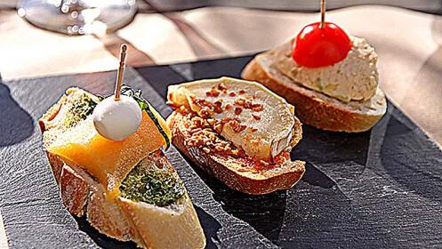Menú de 8 pintxos Gourmet en Bilbao